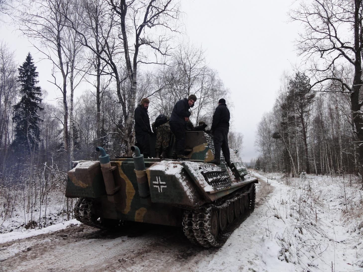 Подарок езда на танке 43